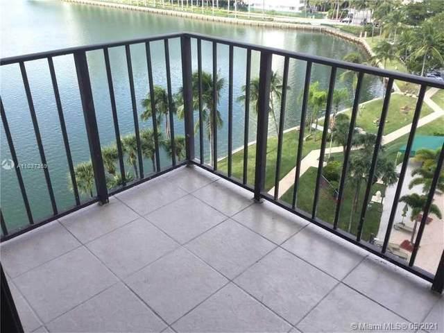 18151 NE 31st Ct #914, Aventura, FL 33160 (MLS #A11037369) :: Dalton Wade Real Estate Group