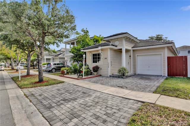 249 SE 32nd Ave, Homestead, FL 33033 (MLS #A11037433) :: The Riley Smith Group