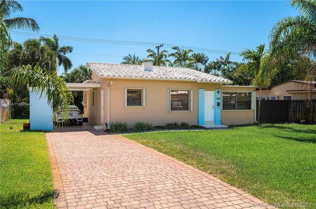 1320 NE 16th Ave, Fort Lauderdale, FL 33304 (MLS #A11037644) :: The Rose Harris Group