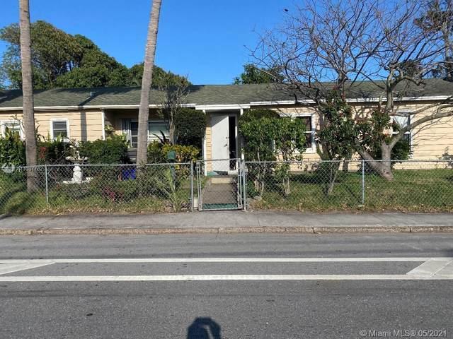 3216 Lake Ave, West Palm Beach, FL 33405 (MLS #A11037762) :: The Rose Harris Group