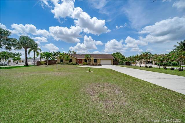 14040 SW 14th St, Davie, FL 33325 (MLS #A11037845) :: The Teri Arbogast Team at Keller Williams Partners SW