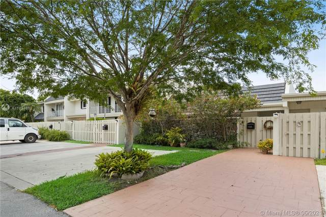 8206 SW 81st Ct, Miami, FL 33143 (MLS #A11037862) :: Green Realty Properties