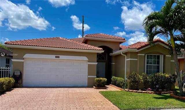 3948 SW 156th Ct, Miami, FL 33185 (MLS #A11037891) :: The Riley Smith Group