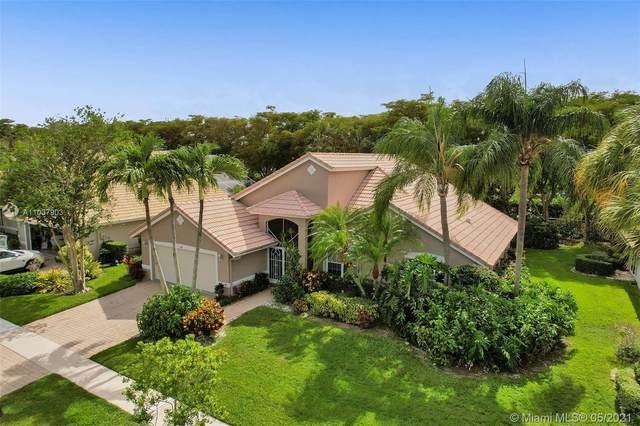 7404 Falls Rd W, Boynton Beach, FL 33437 (MLS #A11037903) :: The Pearl Realty Group