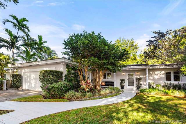 6815 Mentone St, Coral Gables, FL 33146 (MLS #A11038022) :: The Riley Smith Group