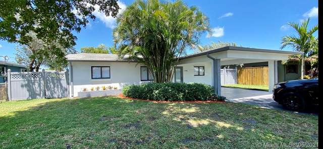 1745 NW 36th Ct, Oakland Park, FL 33309 (MLS #A11038106) :: The Riley Smith Group