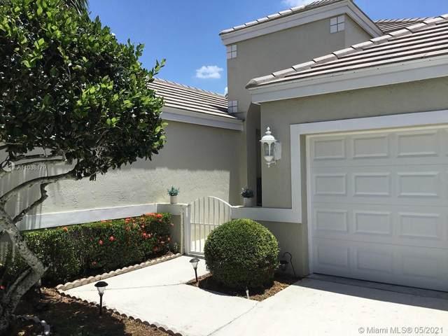 2030 Island Circle, Weston, FL 33326 (MLS #A11038179) :: Green Realty Properties