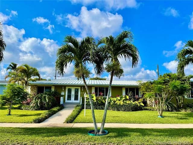 9370 SW 88th Ter, Miami, FL 33176 (MLS #A11038232) :: Team Citron