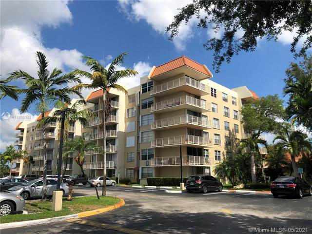 13120 SW 92nd Ave 403B, Miami, FL 33176 (MLS #A11038322) :: Onepath Realty - The Luis Andrew Group