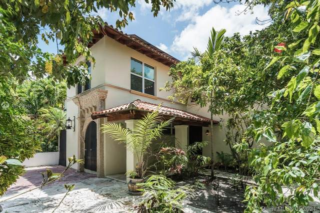2548 Abaco Ave, Miami, FL 33133 (MLS #A11038358) :: Prestige Realty Group