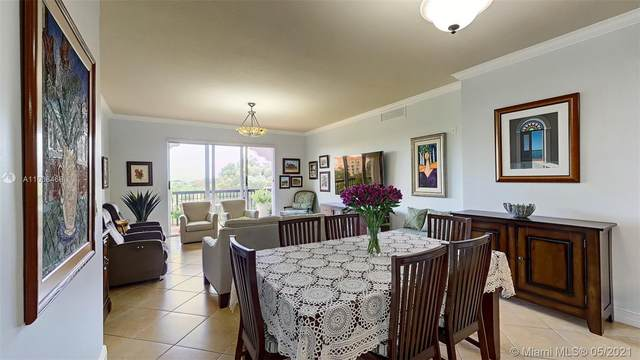 50 Alhambra Cir #401, Coral Gables, FL 33134 (MLS #A11038468) :: Green Realty Properties