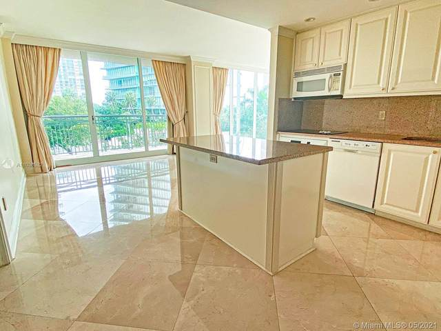 3400 SW 27th Ave #201, Miami, FL 33133 (MLS #A11038532) :: Search Broward Real Estate Team