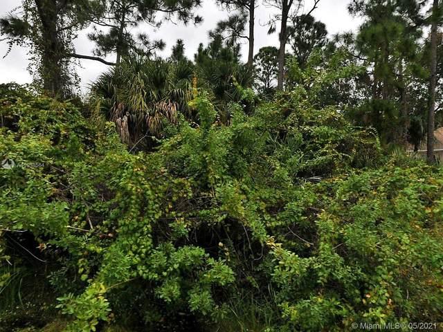1381 SW Prairie Cir, Port Saint Lucie, FL 34953 (MLS #A11038564) :: The Jack Coden Group