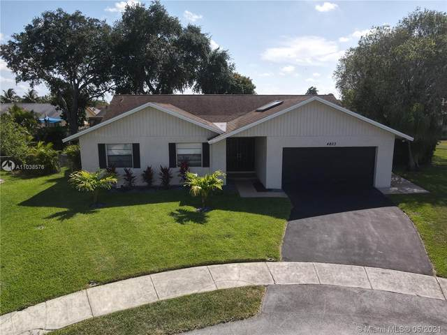 4803 NW 92nd Ave, Sunrise, FL 33351 (MLS #A11038576) :: Green Realty Properties