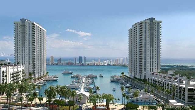 17111 Biscayne Blvd #701, North Miami Beach, FL 33160 (MLS #A11038637) :: Miami Villa Group
