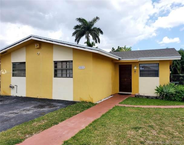 Miami, FL 33193 :: Dalton Wade Real Estate Group