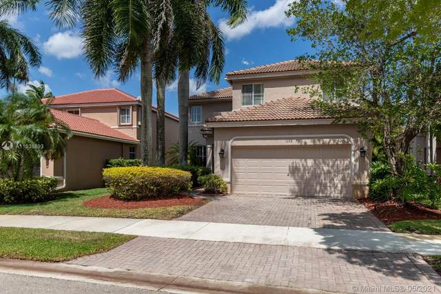 1078 Bluewood Ter, Weston, FL 33327 (MLS #A11038693) :: The Riley Smith Group