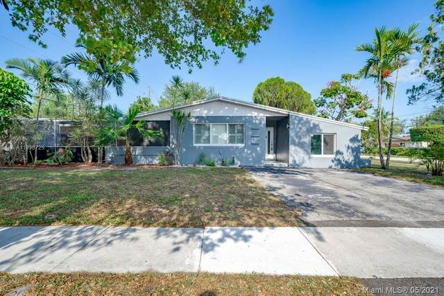 201 N 68th Way, Hollywood, FL 33024 (MLS #A11038725) :: The Rose Harris Group
