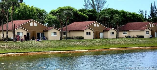 West Palm Beach, FL 33411 :: The Howland Group