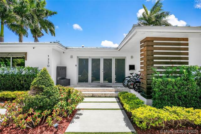 1250 100th St, Bay Harbor Islands, FL 33154 (MLS #A11039396) :: The Riley Smith Group
