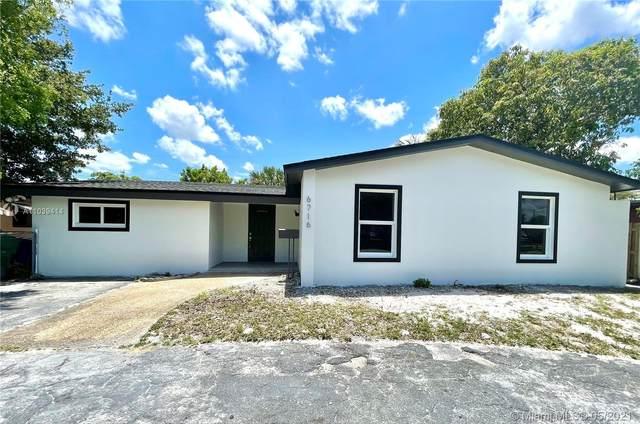 6716 SW 33rd St, Miramar, FL 33023 (MLS #A11039414) :: Patty Accorto Team