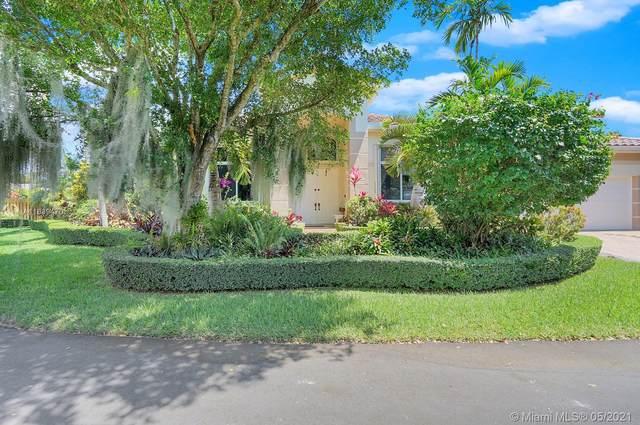 8467 SW 138th Ter, Palmetto Bay, FL 33158 (MLS #A11039470) :: Berkshire Hathaway HomeServices EWM Realty