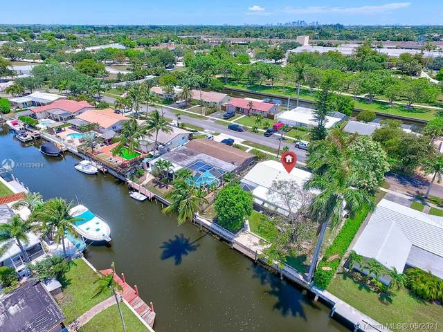 1401 SW 55th Ave, Plantation, FL 33317 (MLS #A11039494) :: The Riley Smith Group