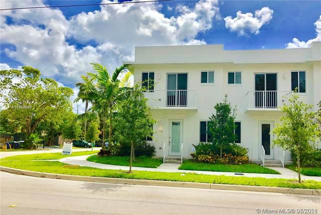 2601 NE 212th Ter #110, Miami, FL 33180 (MLS #A11039546) :: The Riley Smith Group