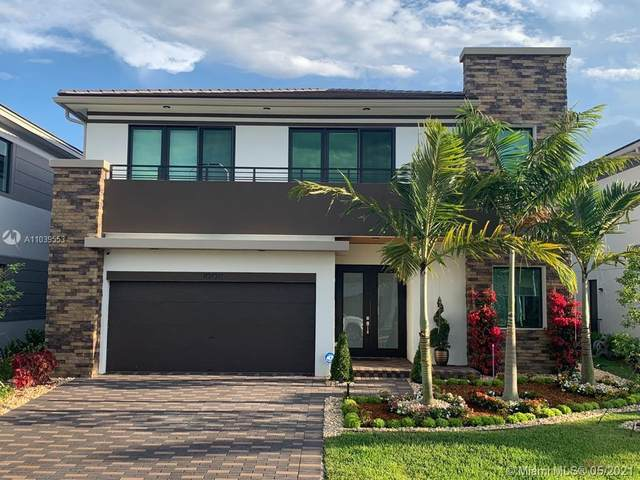 10870 Pacifica Way, Parkland, FL 33076 (MLS #A11039553) :: The Jack Coden Group