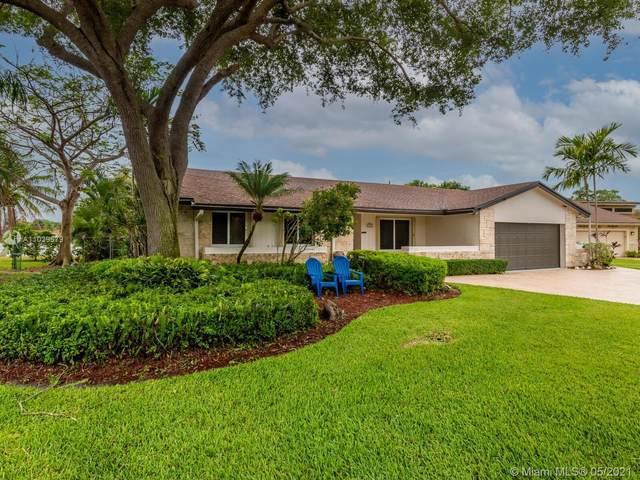 3701 Beach Way, Cooper City, FL 33026 (MLS #A11039579) :: Douglas Elliman