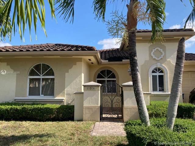15551 SW 14th St, Miami, FL 33194 (MLS #A11039595) :: Team Citron