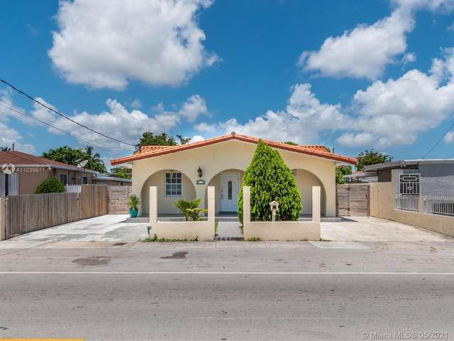3241 NW 17th St, Miami, FL 33125 (MLS #A11039611) :: Prestige Realty Group