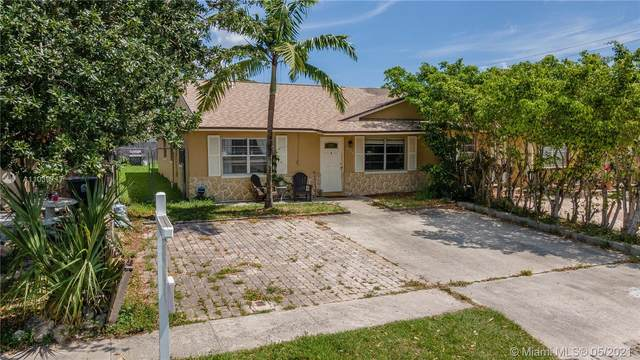 3889 Loni St, West Palm Beach, FL 33403 (MLS #A11039717) :: The Pearl Realty Group