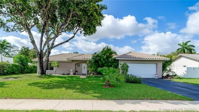 7400 SW 6th Ct, Plantation, FL 33317 (MLS #A11039838) :: Berkshire Hathaway HomeServices EWM Realty