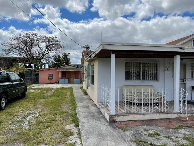 3122 NW 26th St, Miami, FL 33142 (MLS #A11039855) :: The Riley Smith Group