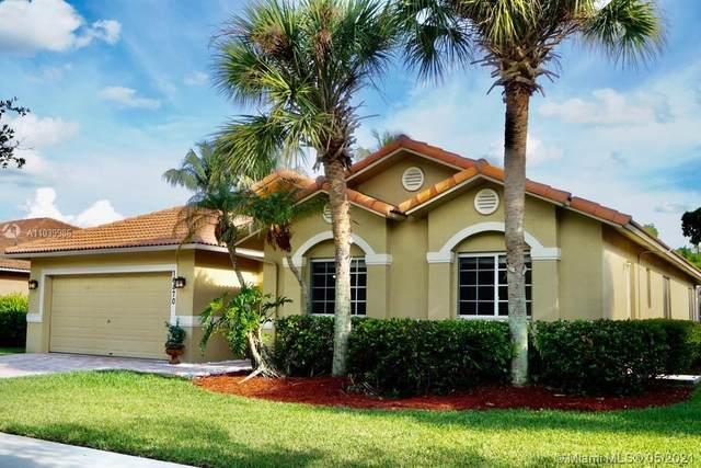 16870 Crestview Ln, Weston, FL 33326 (MLS #A11039986) :: Rivas Vargas Group