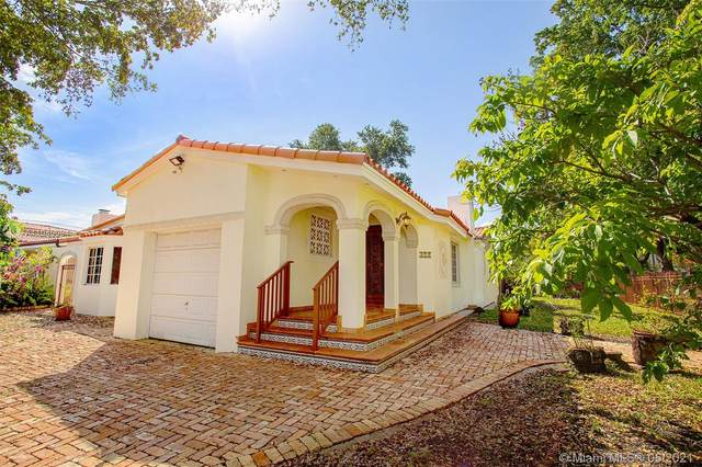 371 SW 29th Rd, Miami, FL 33129 (MLS #A11040094) :: The Rose Harris Group