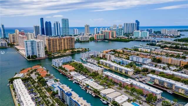 3751 NE 170th St #2, North Miami Beach, FL 33160 (MLS #A11040241) :: The Rose Harris Group