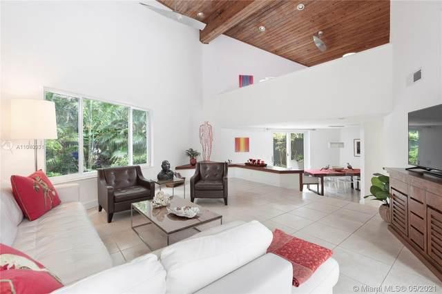 4070 Malaga Ave, Miami, FL 33133 (MLS #A11040331) :: The Rose Harris Group