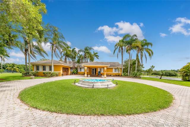17800 SW 184th St, Miami, FL 33187 (MLS #A11040347) :: Prestige Realty Group