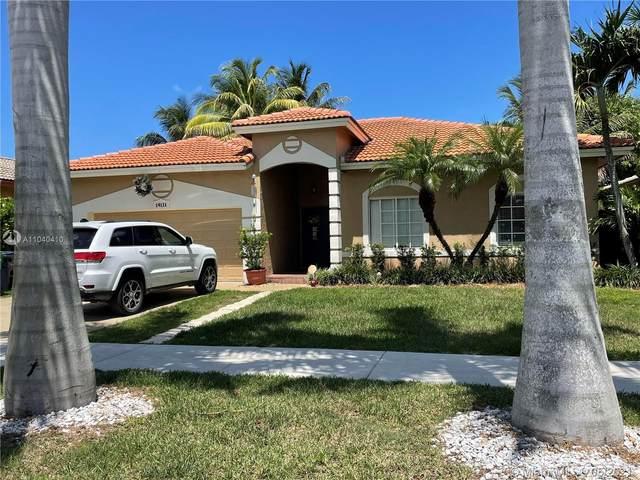 14121 SW 161st Ct, Miami, FL 33196 (MLS #A11040410) :: Prestige Realty Group