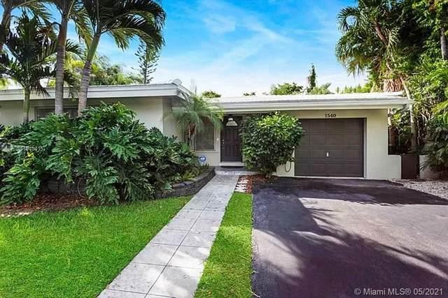 1540 Miller Rd, Coral Gables, FL 33146 (MLS #A11040415) :: Berkshire Hathaway HomeServices EWM Realty