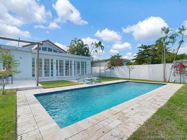 1365 Daytonia Rd, Miami Beach, FL 33141 (MLS #A11040772) :: The Howland Group