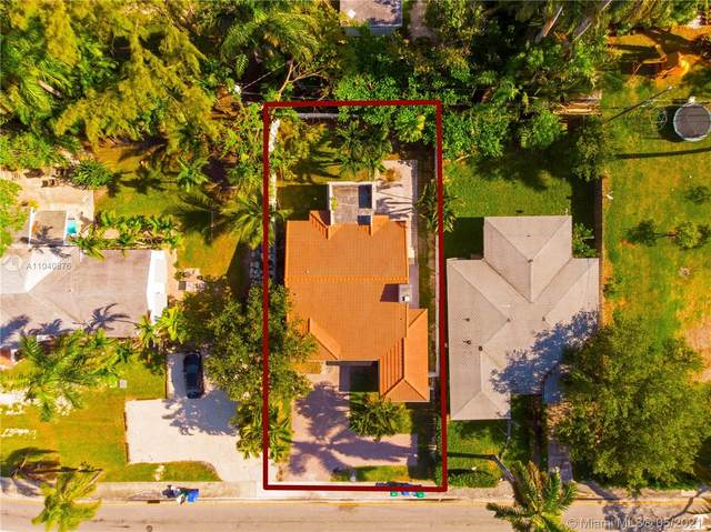 1040 NE 82nd St, Miami, FL 33138 (MLS #A11040876) :: Team Citron