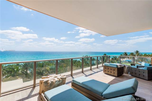 17749 Collins Ave #402, Sunny Isles Beach, FL 33160 (MLS #A11040931) :: Castelli Real Estate Services