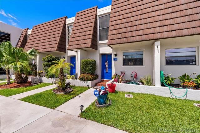 1514 NW 90th Way #1514, Pembroke Pines, FL 33024 (MLS #A11040945) :: Berkshire Hathaway HomeServices EWM Realty