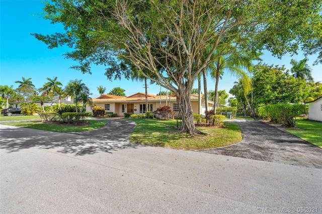 7220 SW 107th Ter, Pinecrest, FL 33156 (MLS #A11040975) :: Castelli Real Estate Services