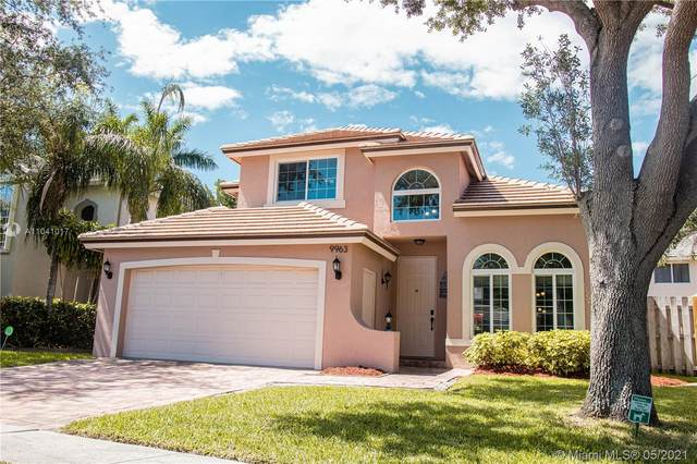 9963 NW 18th St, Pembroke Pines, FL 33024 (MLS #A11041017) :: Berkshire Hathaway HomeServices EWM Realty