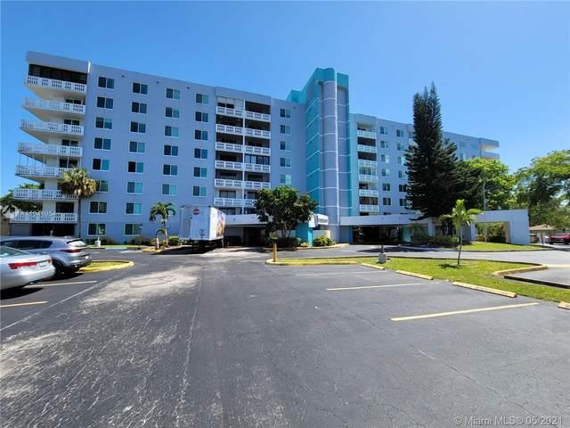 919 Hillcrest Dr #110, Hollywood, FL 33021 (MLS #A11041054) :: Berkshire Hathaway HomeServices EWM Realty