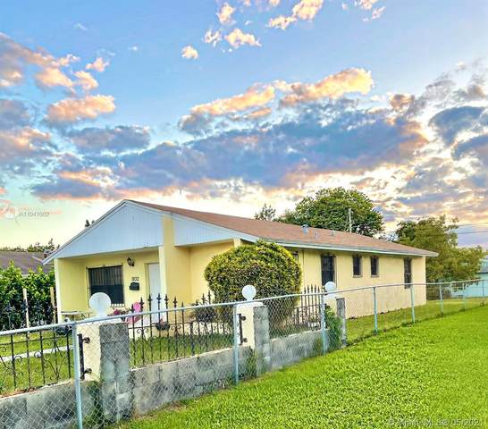 1932 NW 2nd Ct, Miami, FL 33136 (MLS #A11041062) :: Berkshire Hathaway HomeServices EWM Realty